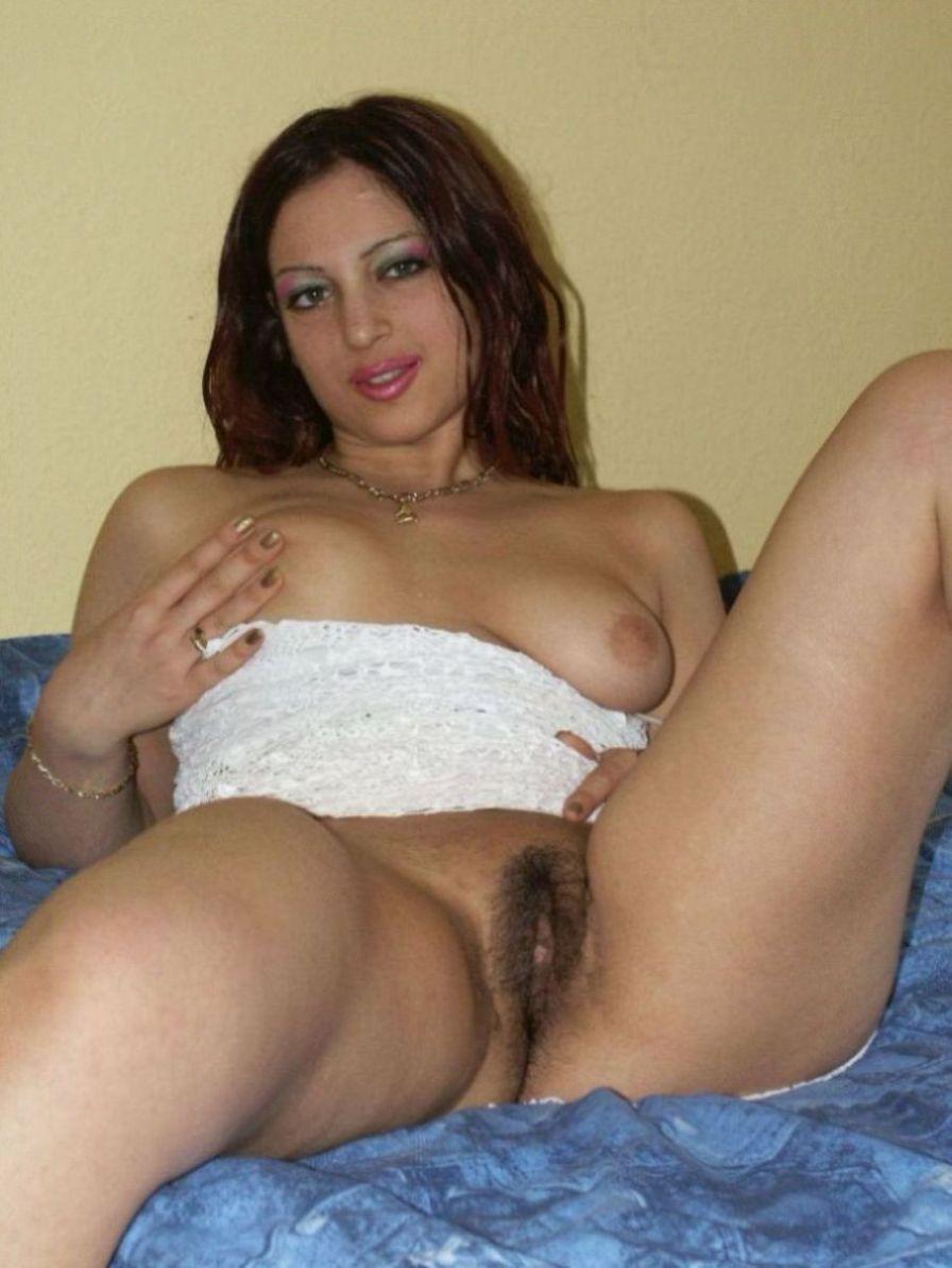 Latina will poppen